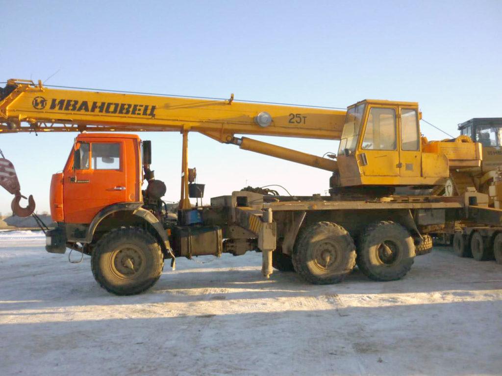Автокраны на базе Камаз 25 тонн
