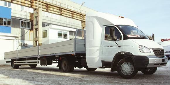 ГАЗ-33106 с полуприцепом