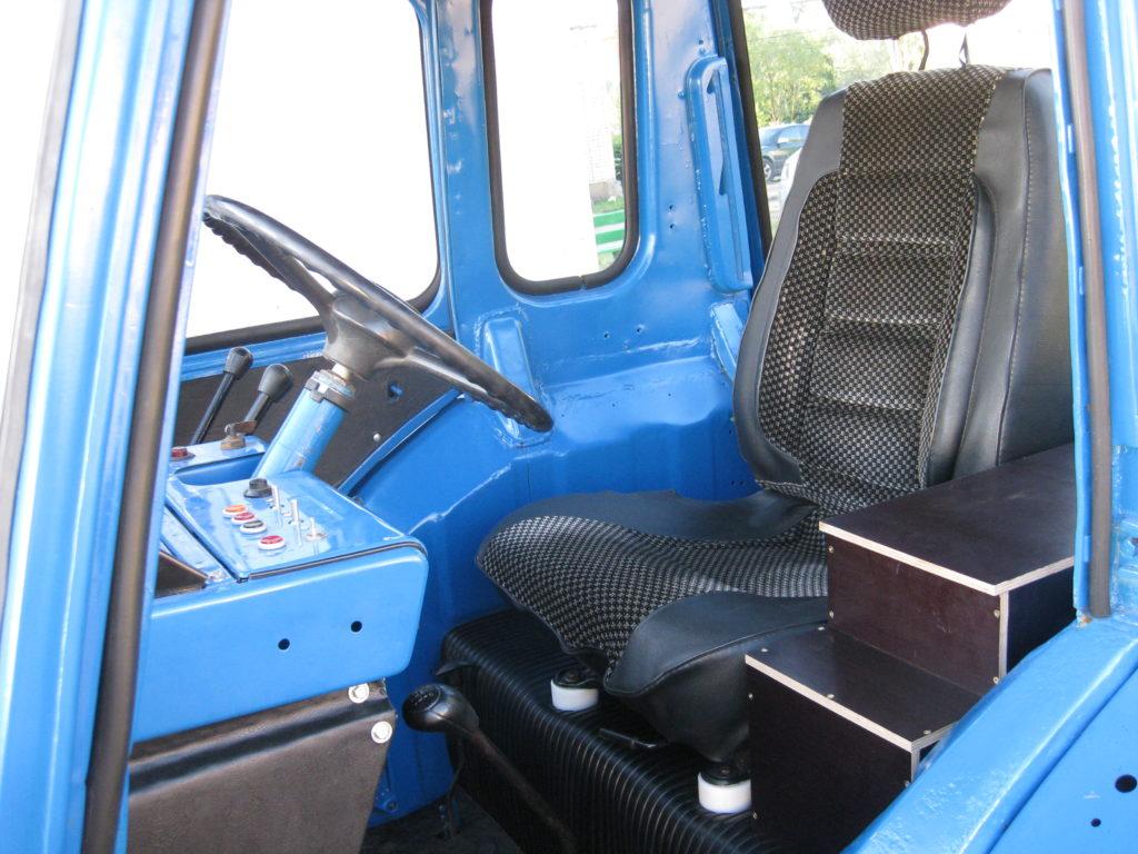МТЗ 80 кабина