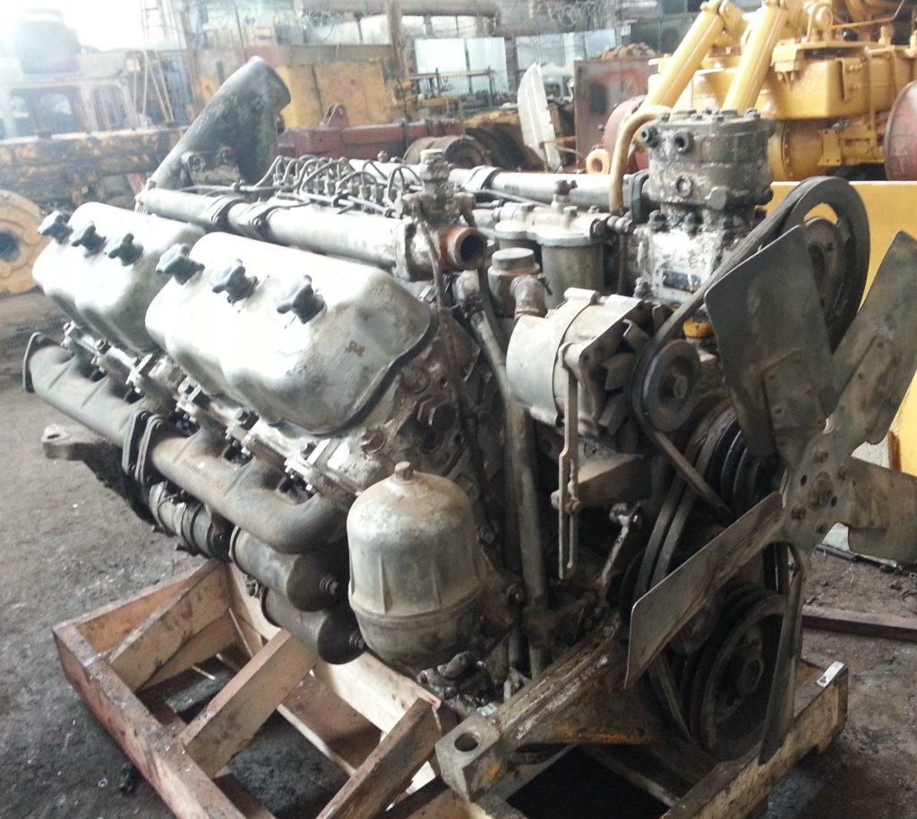«Кировец» К-700 двигатель