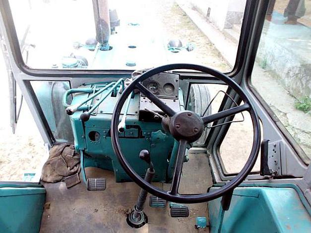 ЭО-2621 кабина
