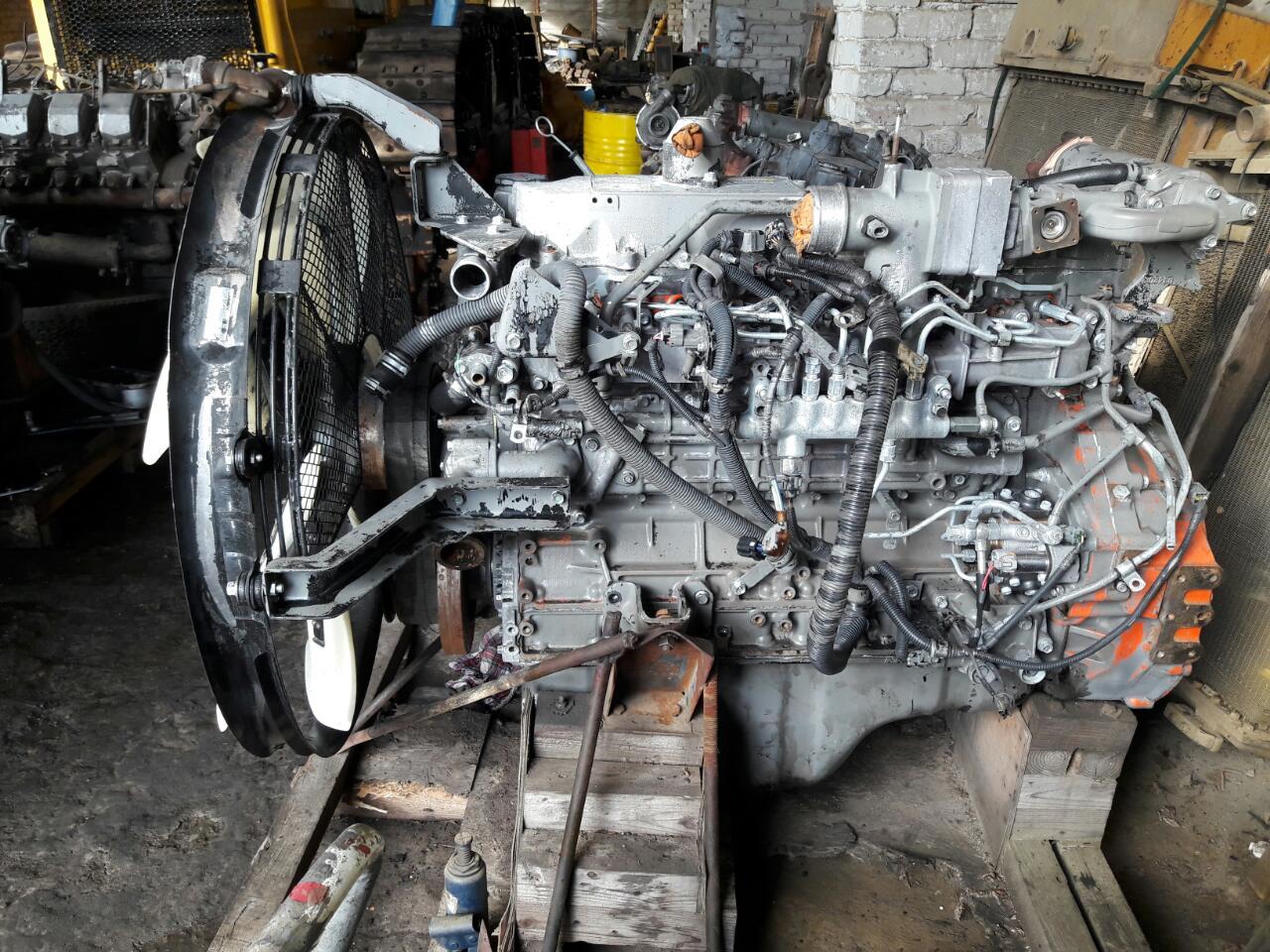 Экскаватор Hitachi ZX 330 двигатель