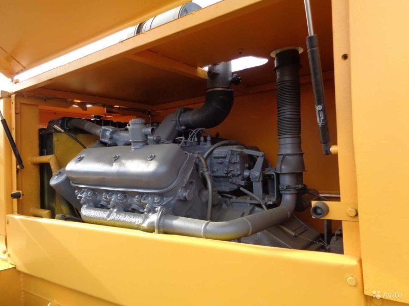 Автогрейдер ДЗ 143 двигатель