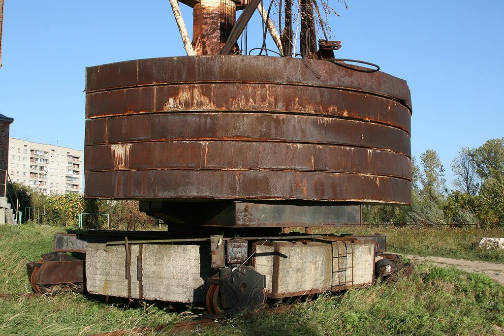 КБ-100 шасси