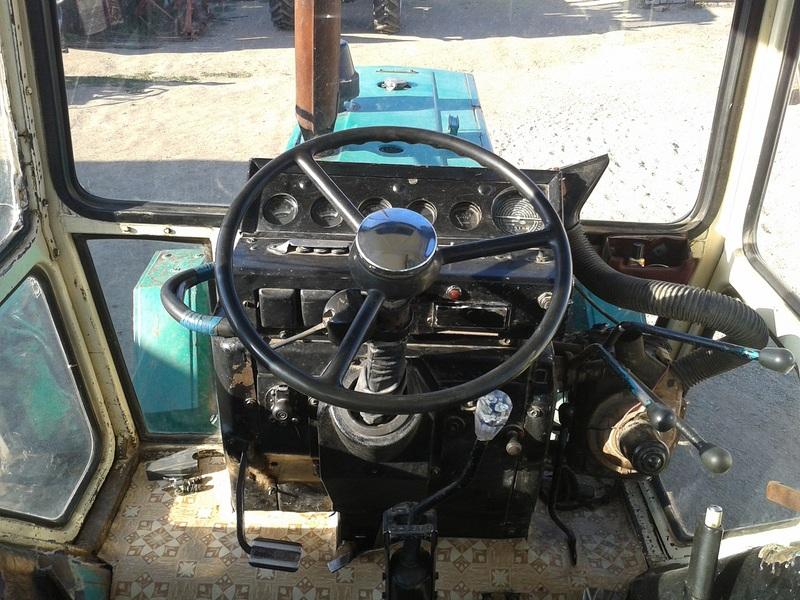 ЮМЗ-6 кабина