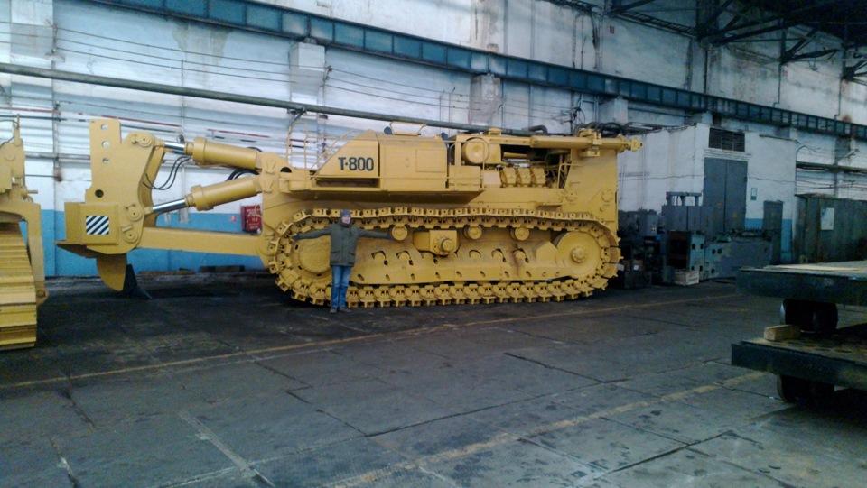 Вид сбоку Т-800
