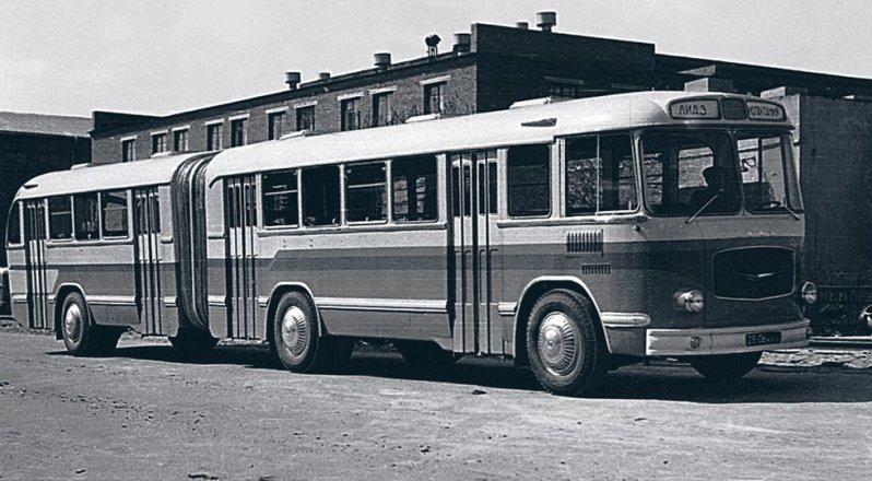 На фото: ЛиАЗ-5Э-676 ЛиАЗ 677, автобуз, лиаз