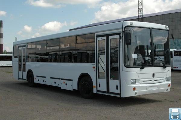 Автобус НефАЗ 5299-11 для пригородных перевозок
