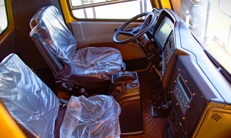 Белаз-75131-кабина