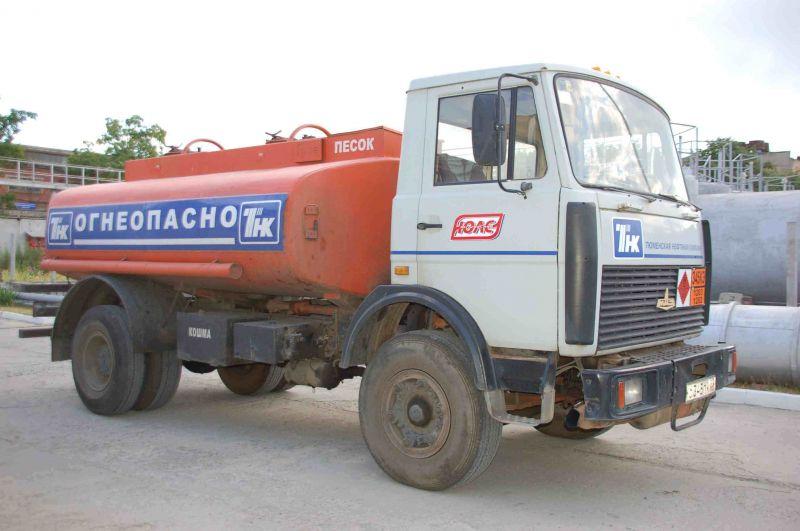 МАЗ-5337 топливозаправщик
