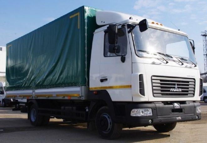 Бортовой тентованный грузовик