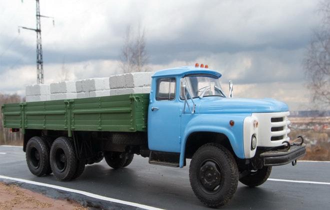 ЗИЛ-133 ГЯ технические характеристики, двигатель и устройство кабины