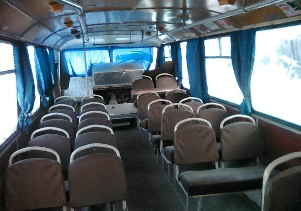 ЛАЗ 695 салон