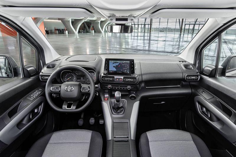 Салон Тойота Про Айс 2019