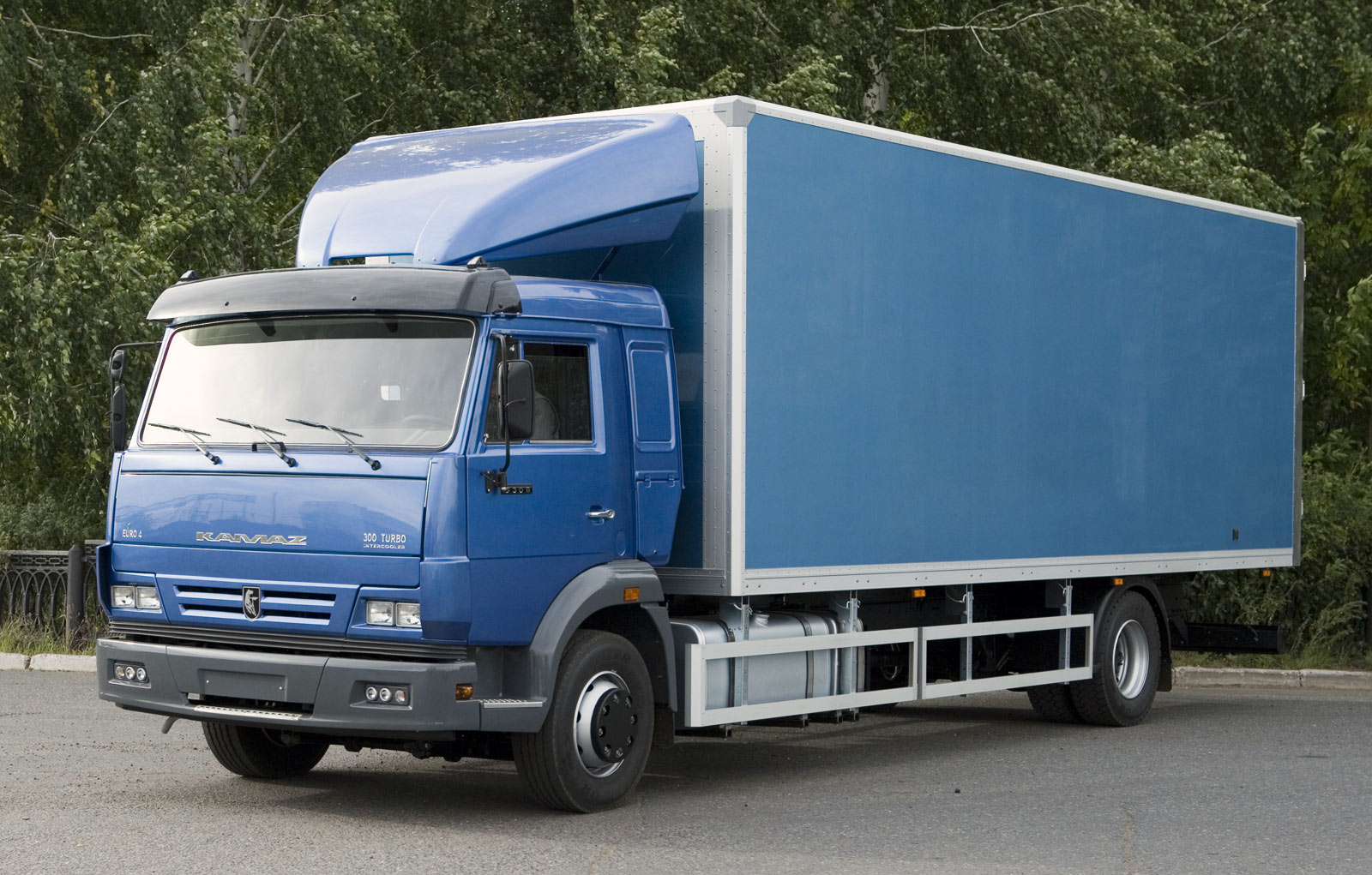 kamaz_5308-furgon-promtovarnii_perevozka.info
